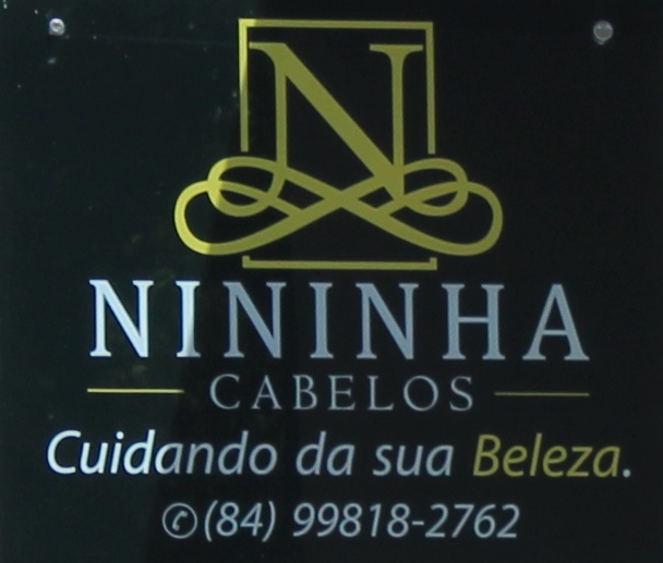 NININHA CABELOS