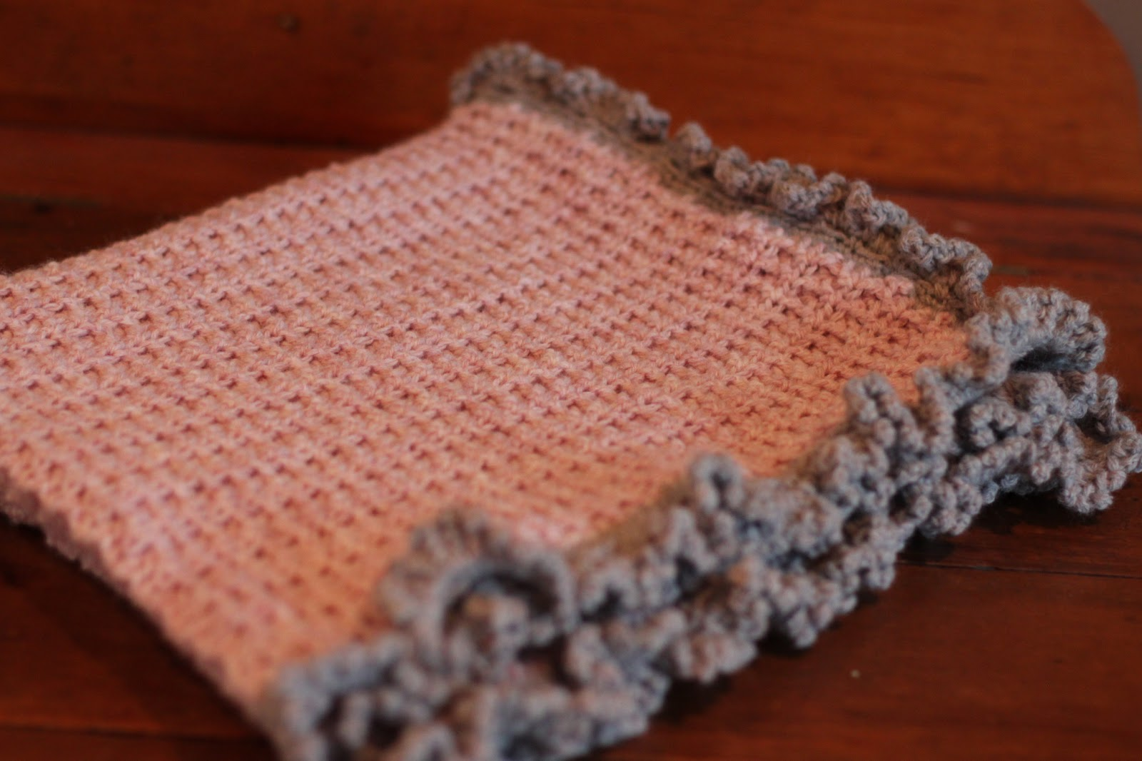 Free Crochet Pattern Ruffle Edging : Handwork by Hannah: Baby Blanket with Ruffle Border