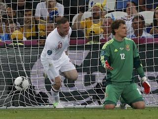 Inglaterra e França passam para as quartas da Euro