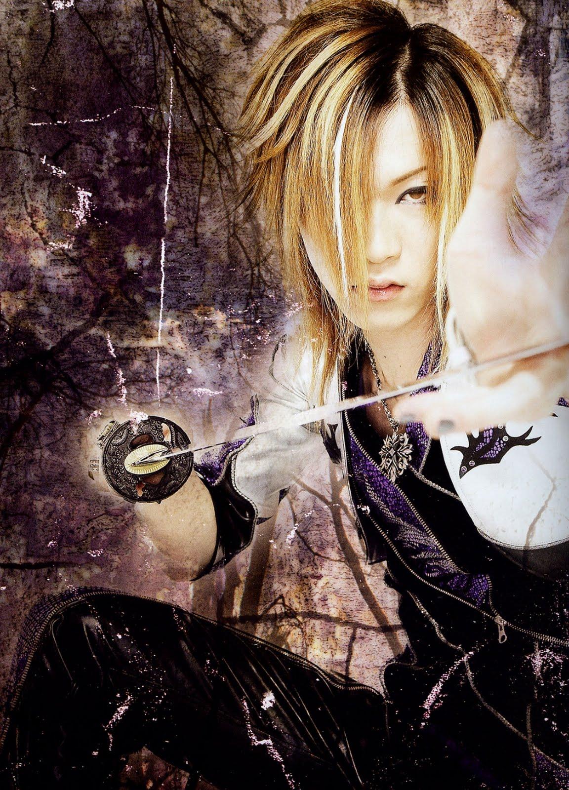http://1.bp.blogspot.com/-QiKgFjd7dTc/Ti49NWKLFNI/AAAAAAAAAEg/tN1AwgiXogY/s1600/the_gazette_6524.jpg
