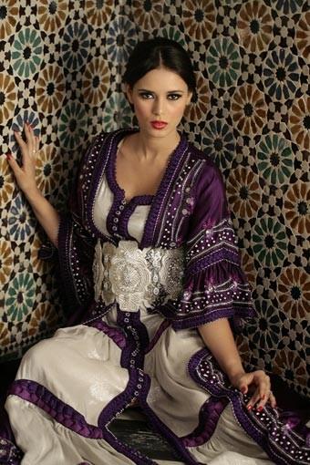 Achetez Votre Caftan Pas Cher , Caftan Oriental, Caftan Moin Cher, Caftan  Marocain Brodé Sur Notre Boutique En Ligne De Kaftan Marocain.