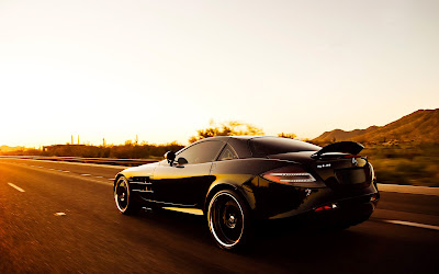 Black Mercedes Benz SLR Sunlights Car Wallpaper
