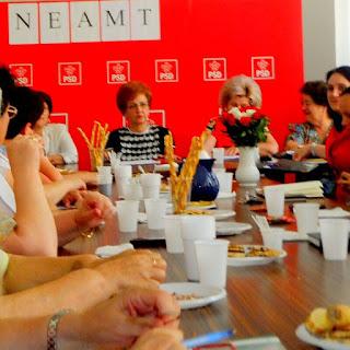 Conferinţa Organizaţiei Femeilor Social Democrate Piatra Neamţ