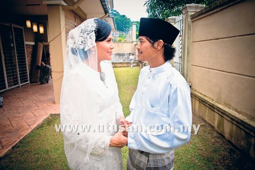 [GAMBAR] MAJLIS RESEPSI PERKAHWINAN WATIE &amp; JOEY