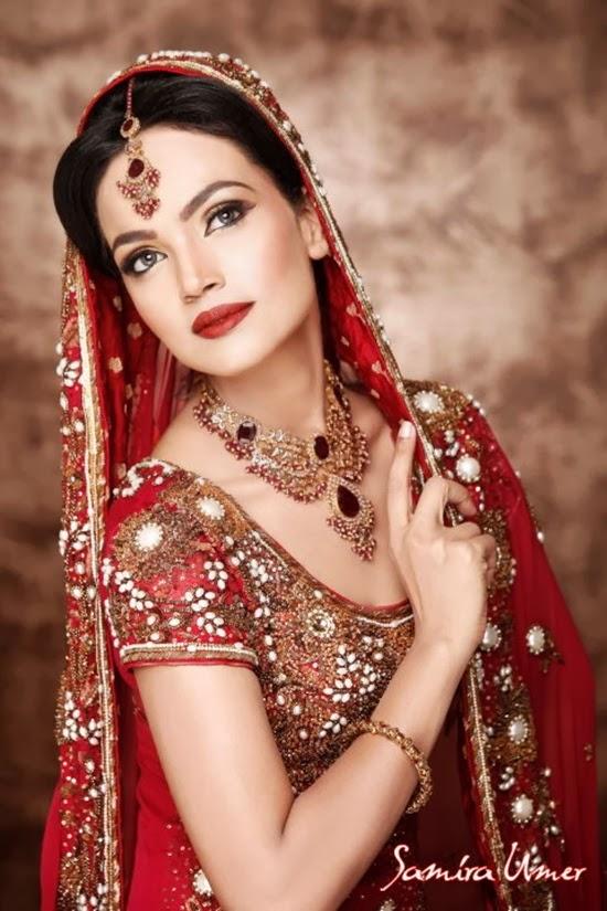 http://www.funmag.org/fashion-mag/makeup-and-hairstyles/amina-sheikh-bridal-makeover-by-samira-umer/
