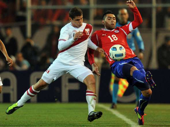 Clasico del Pacifico Peru vs Chile 2012 Fotos-Chile-Peru_OLEIMA20110712_0107_8