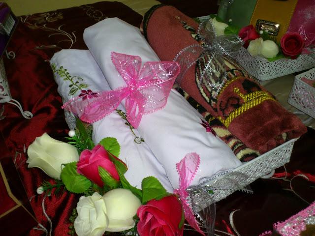 CHEQ AIN: Gubahan Hantaran Perkahwinan