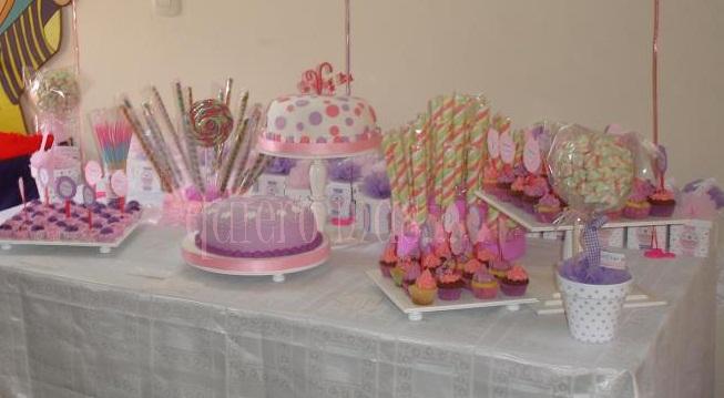 Delicias quiero mas mesa dulce para valentina for Mesa dulce para bautismo