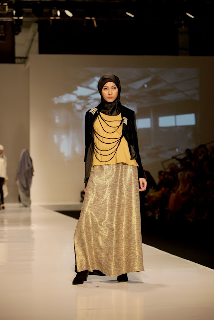 INDONESIA FASHION WEEK 2012 - Jenahara