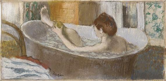 peinture du peintre Edgar Degas 1883 titre Femme nue dans une baignoire s'épongeant la jambe art français