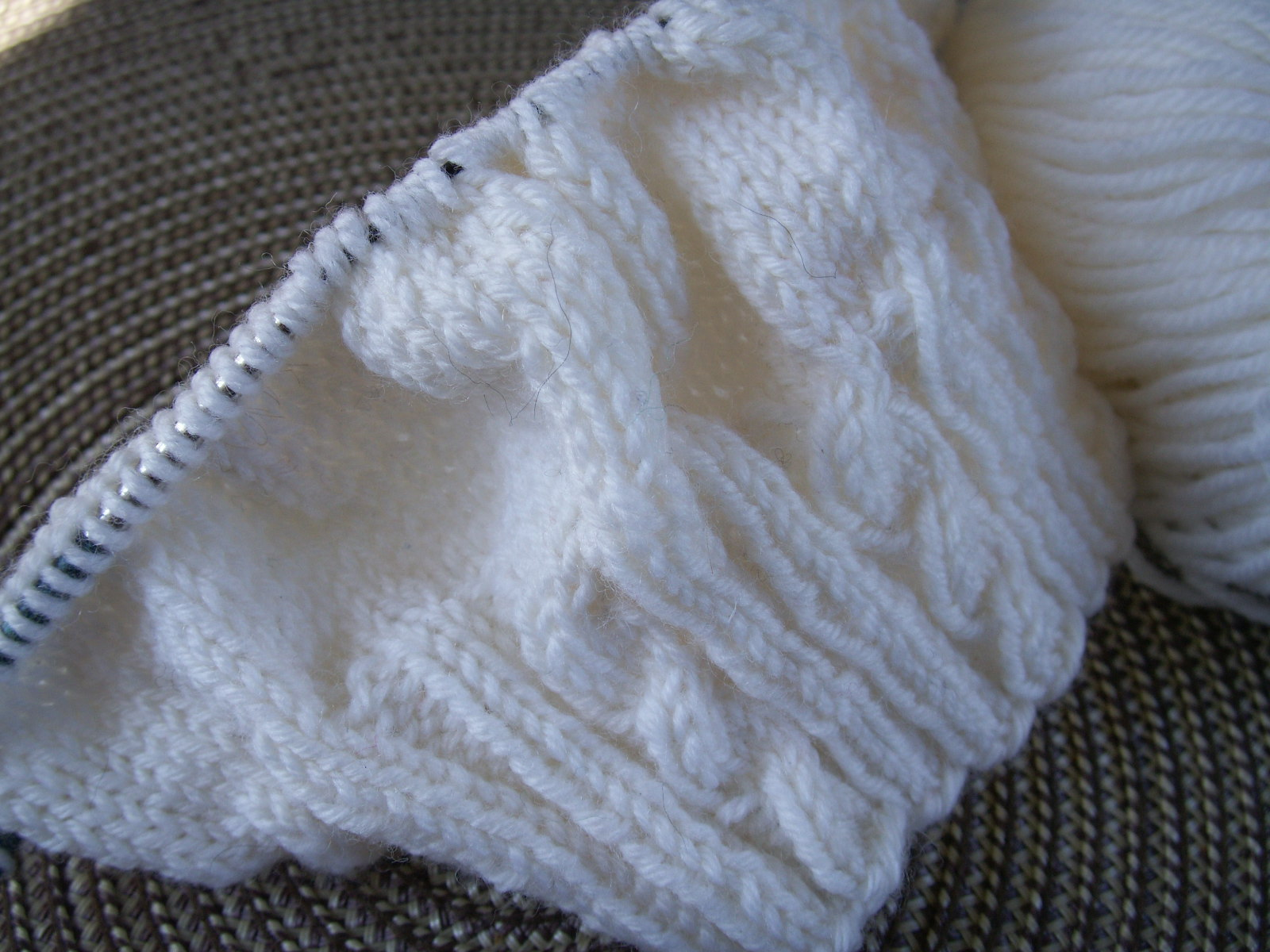 tangled...: the cable baby beret...