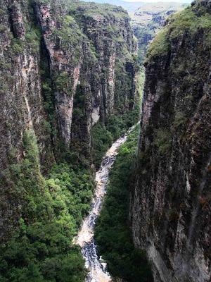Cânion da Cachoeira da Fumacinha - BA