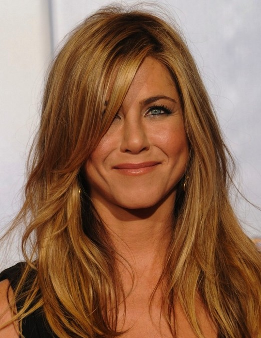 Jennifer Aniston for new play ugly, but cost 10000 dollars ordering a ...