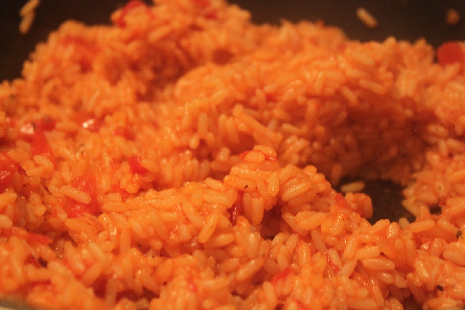 Tales of a Garlic and Onion Lover: Better than the Box Mexican Rice