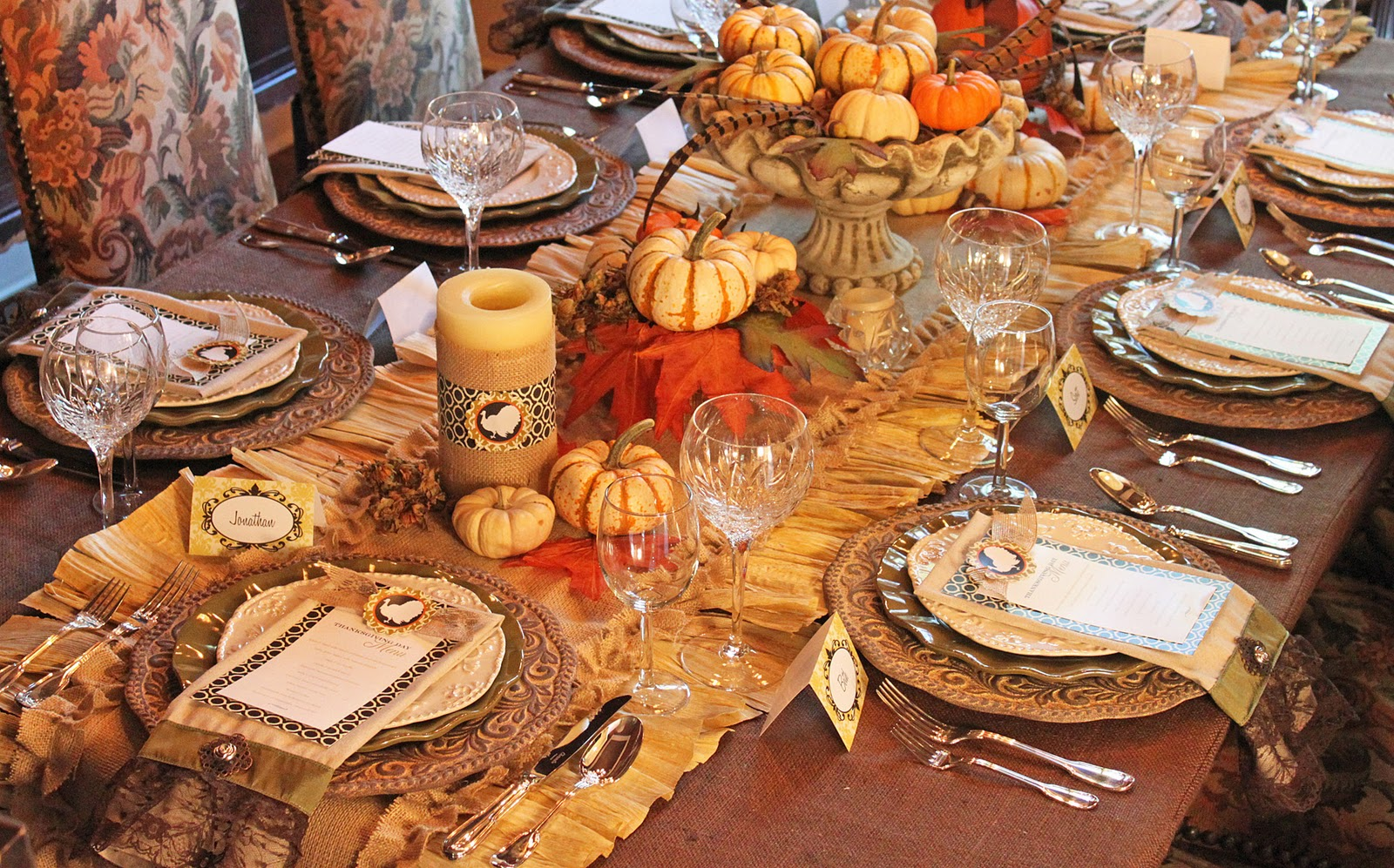 Amanda 39 s parties to go thanksgiving dinner tablescape Dinner table setting pictures