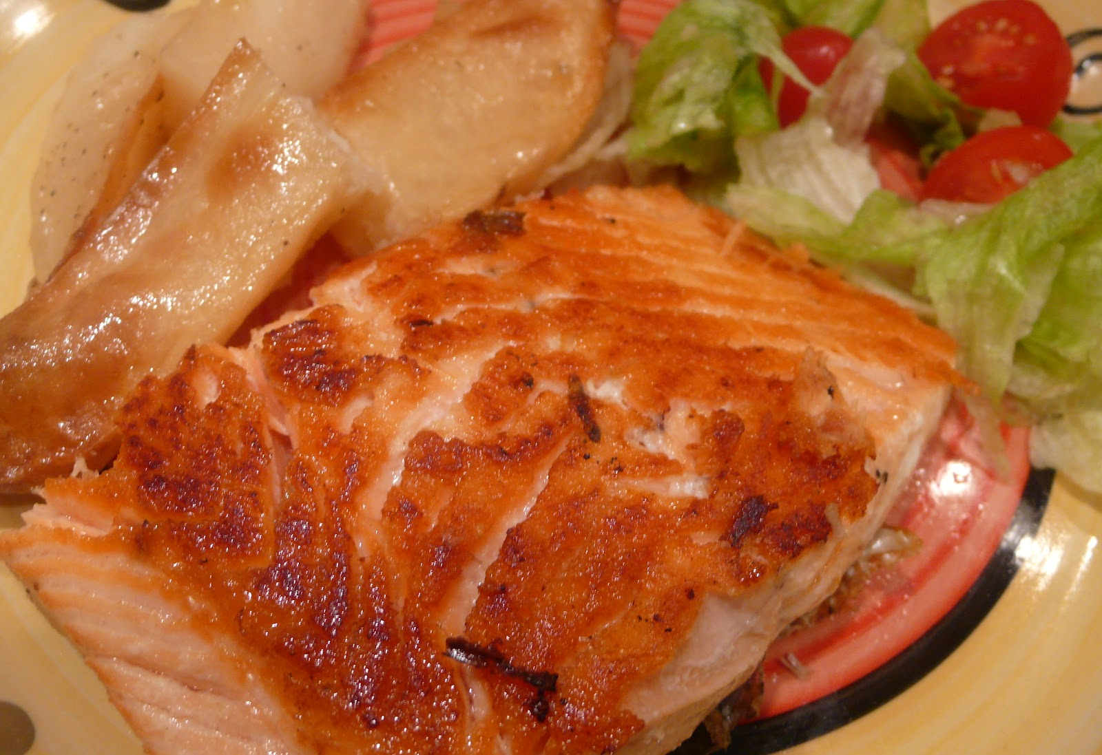 Pan fried un skinned salmon fillets low stress healthy for Is fried fish healthy