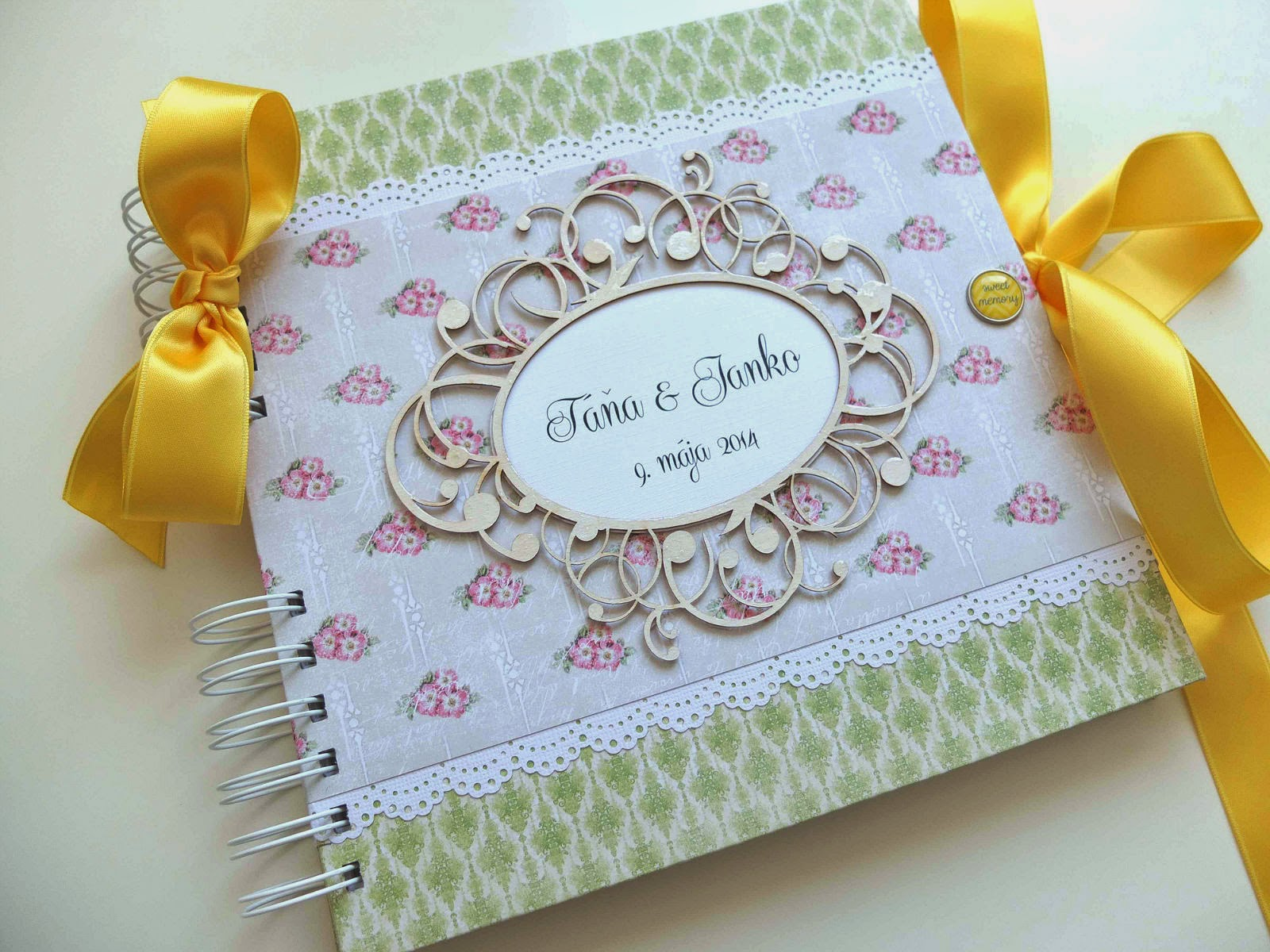 Kniha hostí na svadbu / Wedding guest book