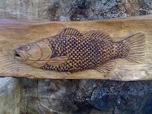 Peixe em madeira