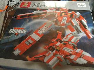 Sluban Red Flamingo Transformable Fighter