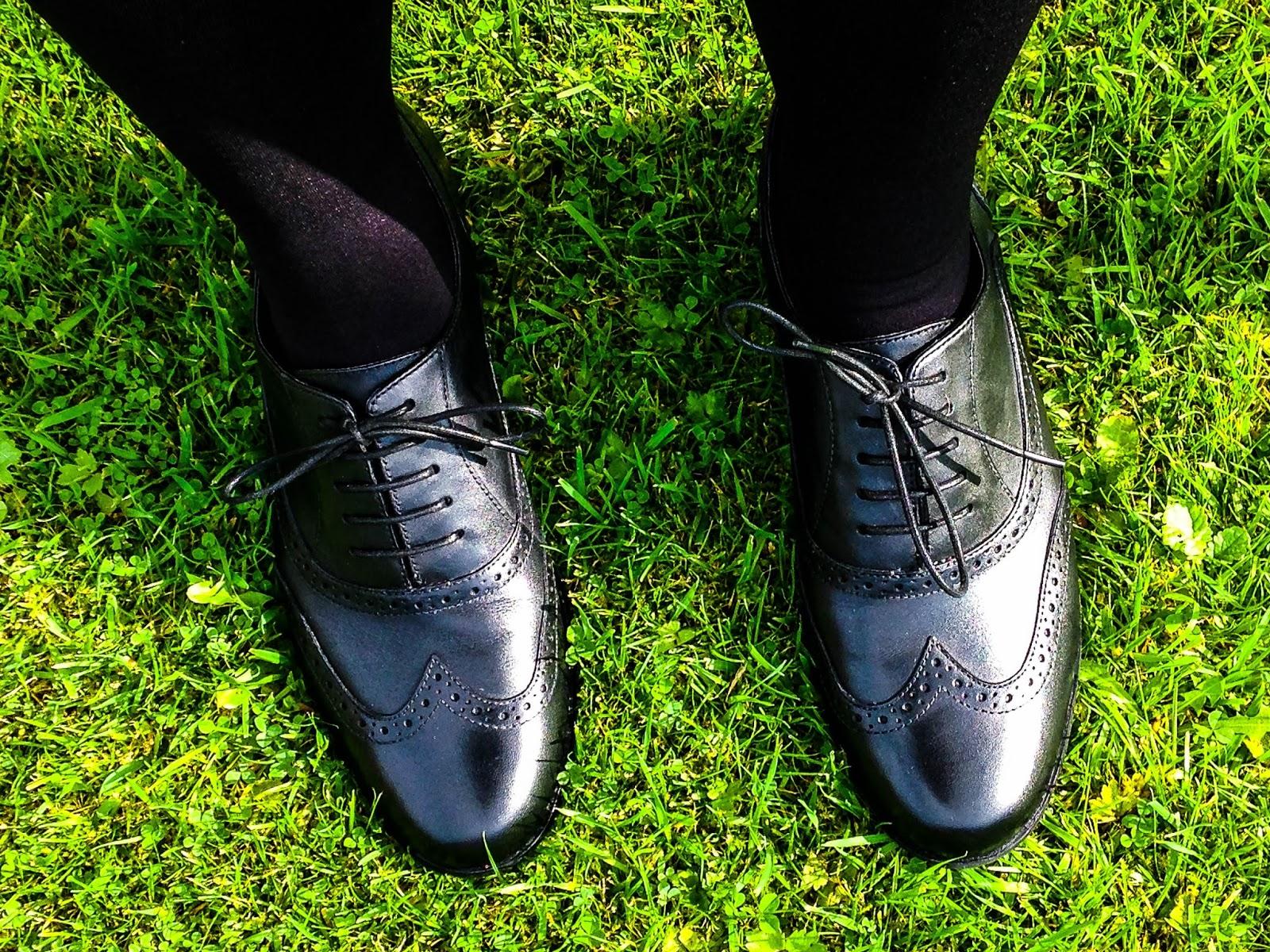 clarks hamble oak black leather womens shoes innovaide. Black Bedroom Furniture Sets. Home Design Ideas