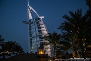 Madinat Jumeirah, Jumeirah Beach Road, Дубай, Ночь, Достопримечательность, отель, гостиница, Burj Al Arab, Парус, путешествие,