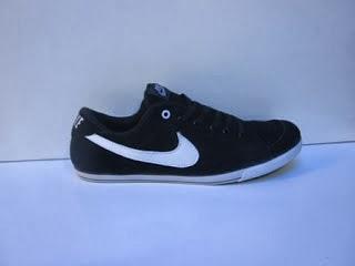 Sepatu Nike Slim Suede hitam murah