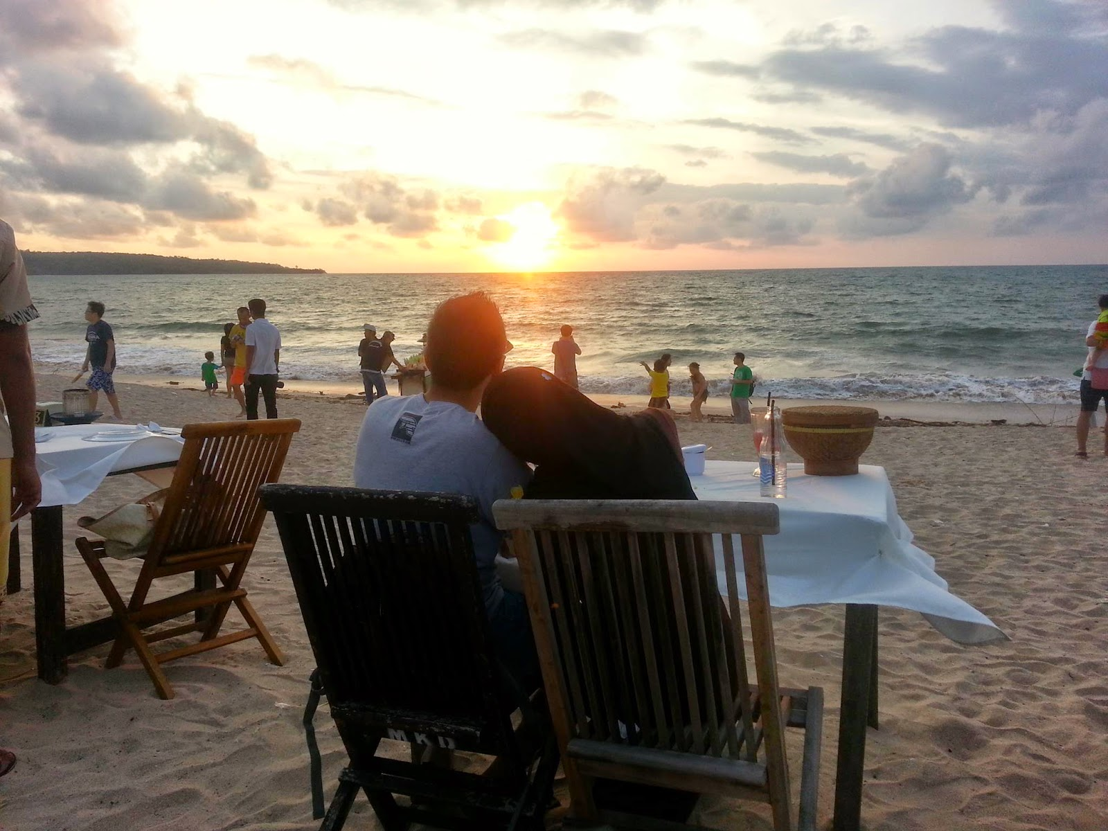Sunset Candle Light Dinner At Jimbaran Beach