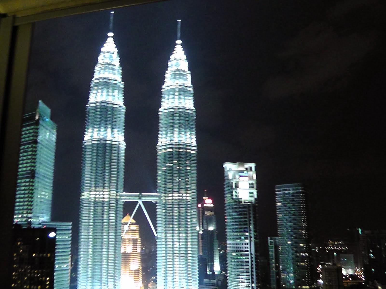Petronas Twin Towers - KL, Malaysia