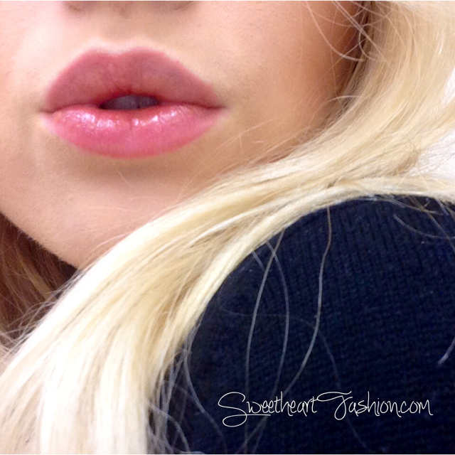 Sweetheart Fashion wearing Max Factor Lipfinity