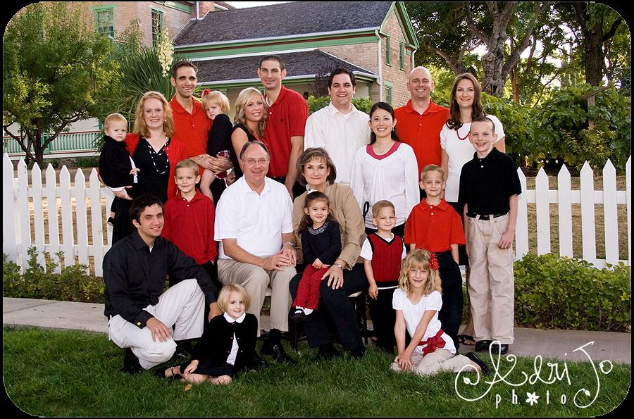 The {W} Family Smiles - Kuna Idaho Family Photographer