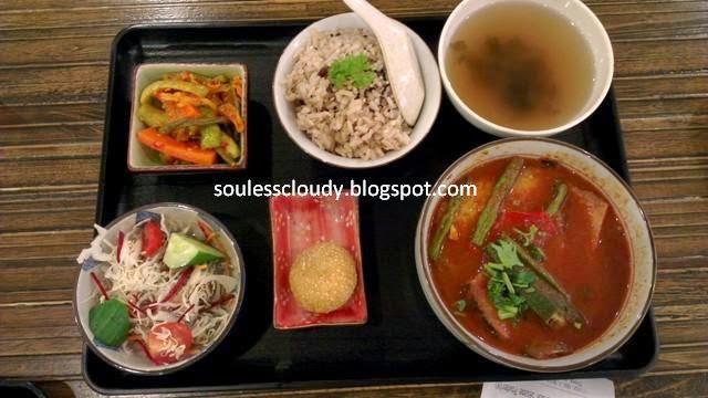 Simple Life Restaurant