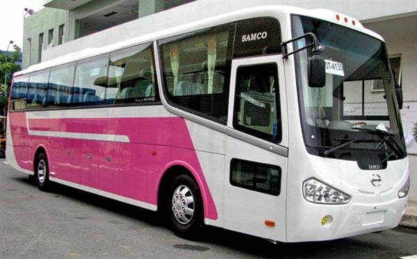 Cho thuê xe ô tô du lịch có lái giá rẻ tại Hà Nội 2