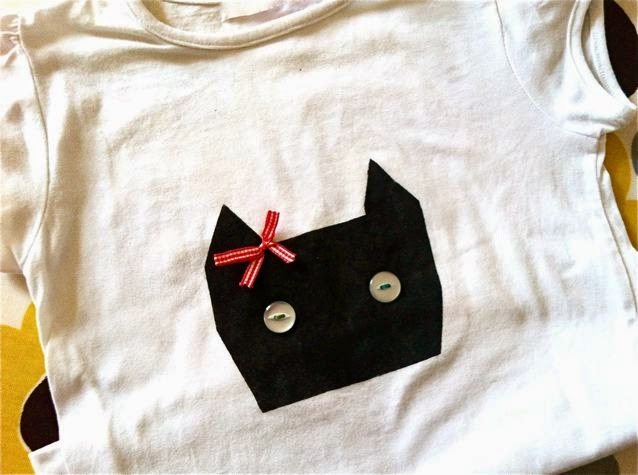 DIY cat stencil T-shirt