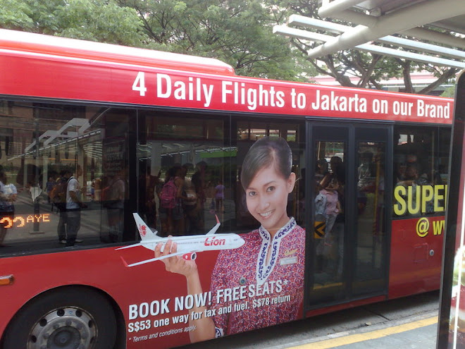 Advertising - Singapore Bus