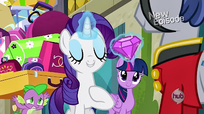 Rarity offers a jewel during her song