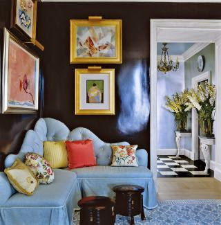 black lacquer gallery walls built in banquette