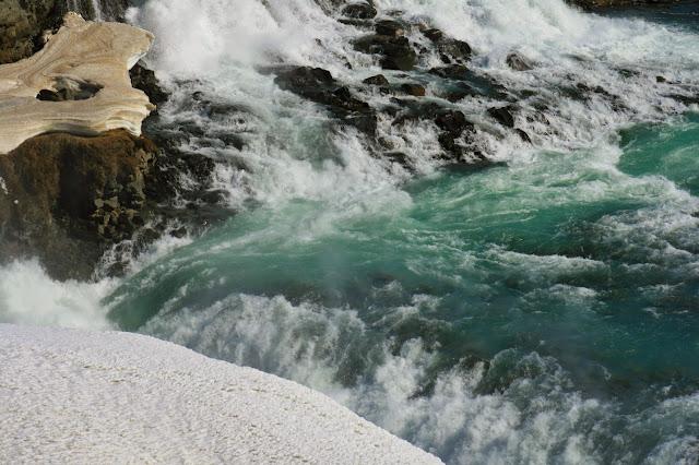 waterfall-canyon
