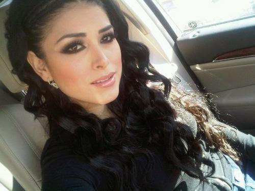 Kim Kardashian Look Alike Claudia Ochoa Felix Dresses to Kill The Whole World