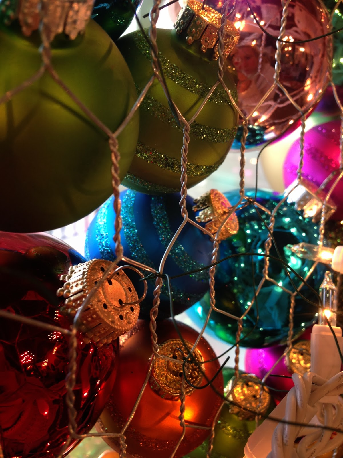 Chicken christmas ornaments - We Had Three Strands Of White Christmas Lights And Started At The Top Zig Zagging One Way We Used Another Strand Zig Zagging The Opposite Way