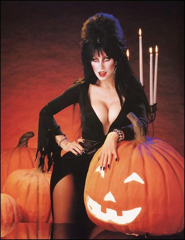 Musas: Añejas Parte V: Elvira. The Mistress of the Dark