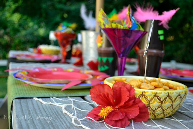 Aloha To Summer Party kids table cocktail glasses