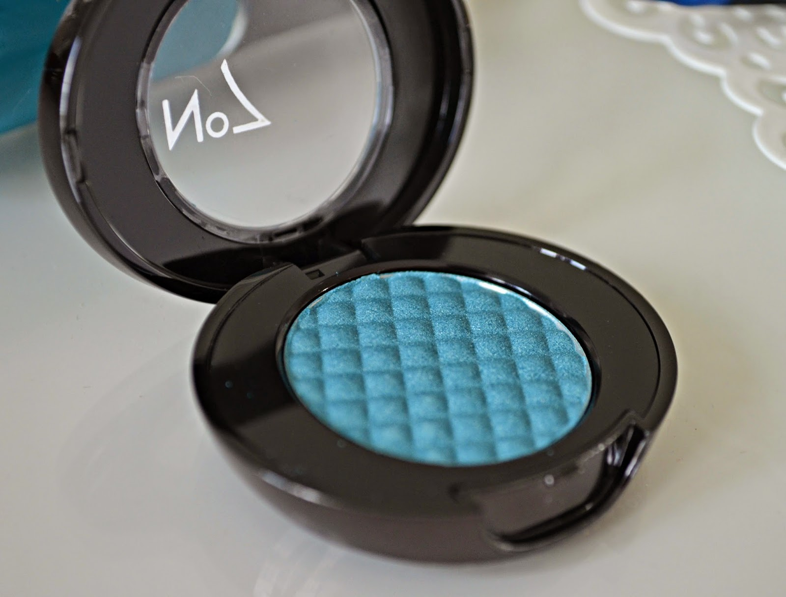 No 7 Summer makeup blue collection