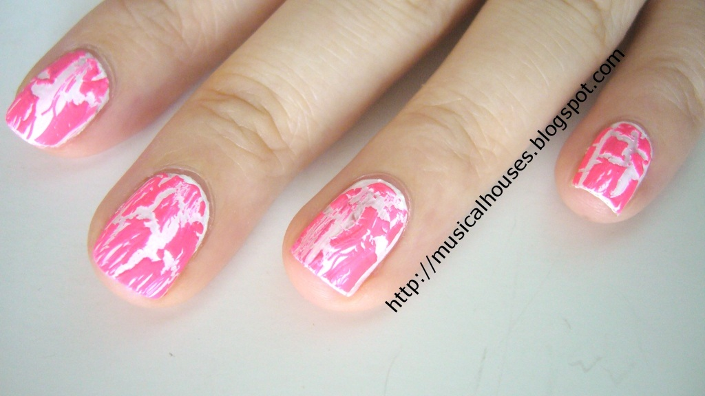 Nicki Minaj Super Bass Inspired Nails: White and Hot Pink Crackle ...