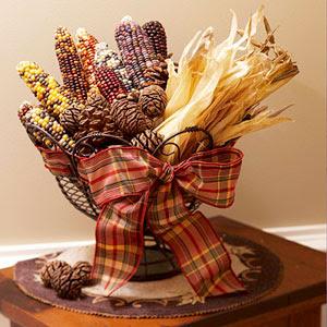 出典:http://homechristmasdecoration.blogspot.jp/2012/11/thanksgiving-centerpieces-and-wreath-go.html