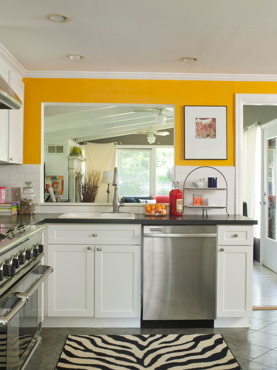 Yellow Kitchen Color Ideas 100  Small Kitchen Paint Color Ideas   Colonial Kitchens Hgtv