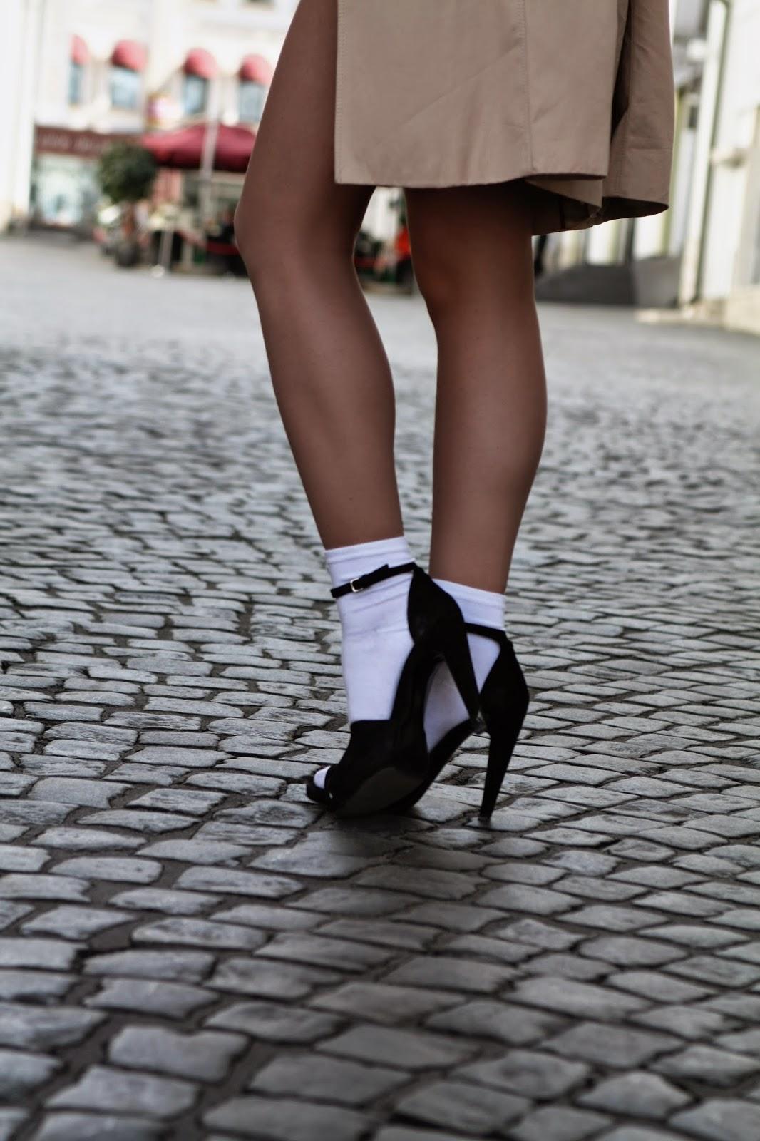 весенний тренд, модный блоггер, туфли и носки, Ирина Павлова, как носить