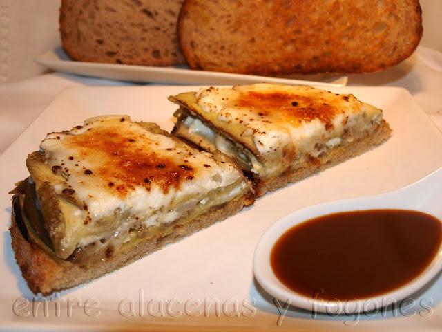Tostas de berenjena y queso de cabra caramelizado - Queso de cabra y colesterol ...