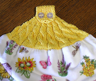 Sew a Towel Topper - All Free Crafts - Easy crafts, craft
