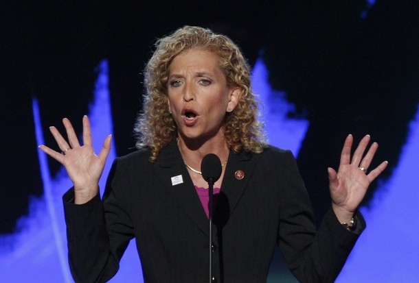 Obstruction of Justice: Democrat Debbie Wasserman Schultz Threatens Police Officer