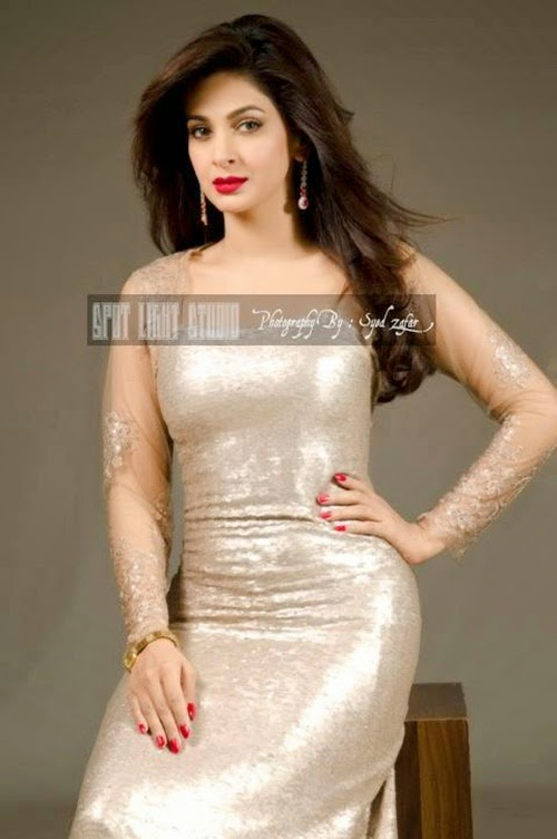 http://www.funmag.org/pictures-mag/pakistani-celebrities/saba-qamar-latest-photoshoot/